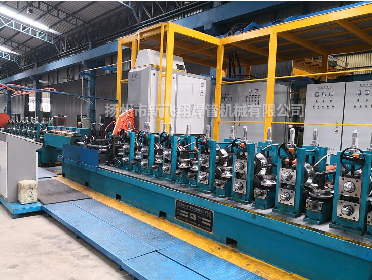 FX系列焊管机组安装现场